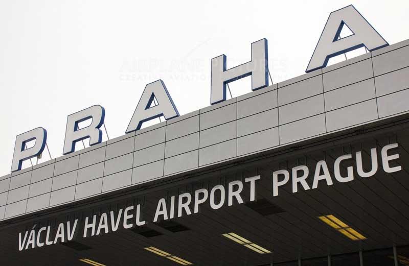havel-airport-prague