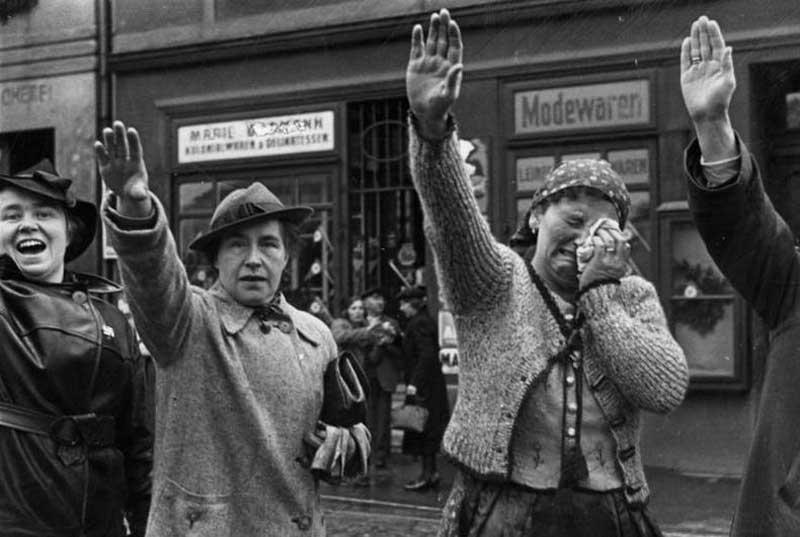 nazis-invade-czechoslovakia