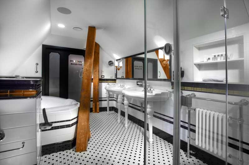 hotel-paris-tower-3.jpeg