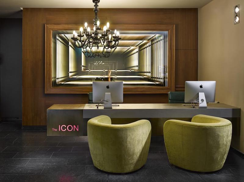Icon Hotel & Lounge