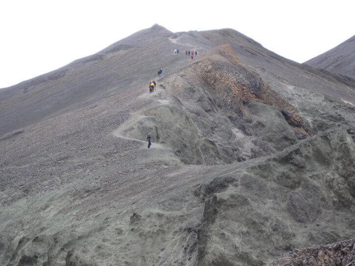 Graenagil-mountain-near-Landmannalaugar.jpg
