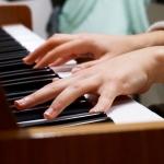 music piano hands