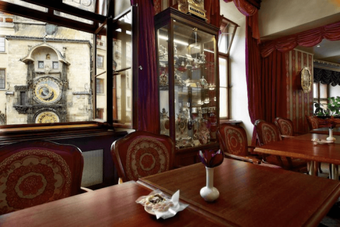 Café Mozart with a view of Astronomical Clock