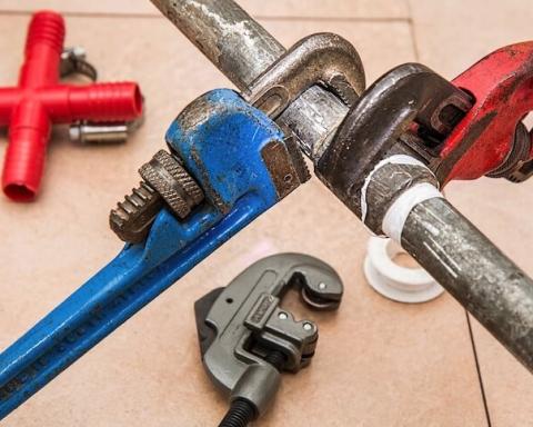 plumbing plummer