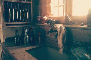 kitchen-sink-faucet-tap-bottles