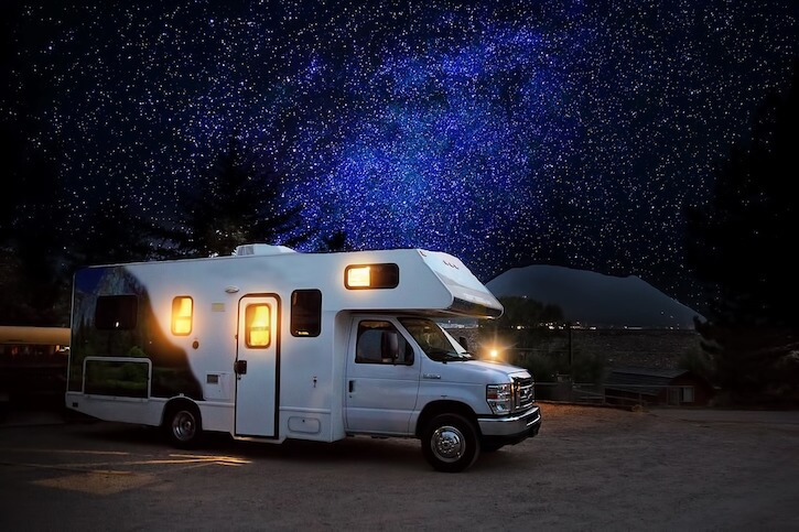 10 Advantages of Traveling by Motorhome