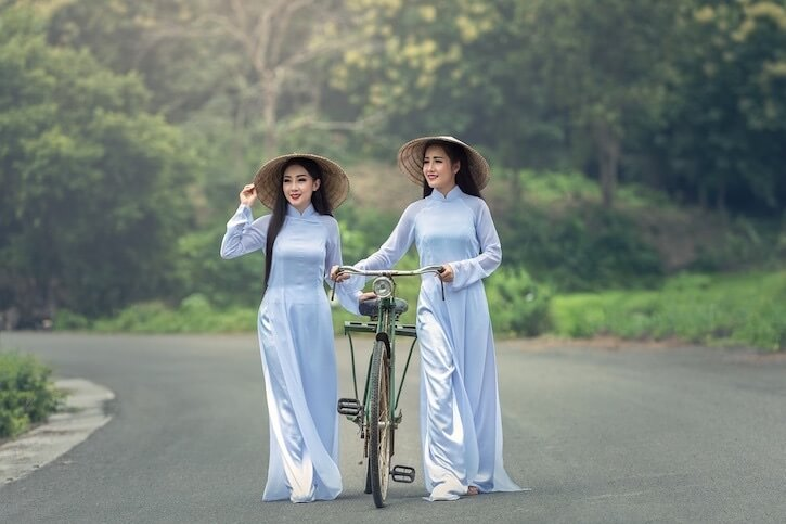 vietnamese girls bicycling