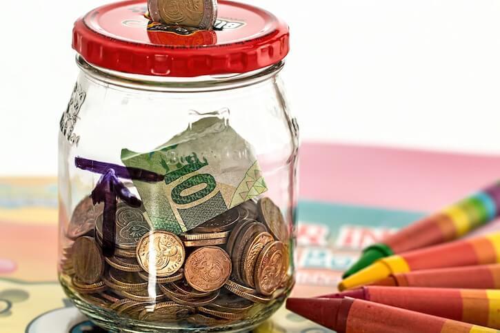 piggy bank money jar