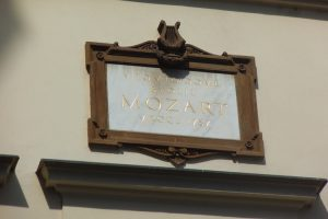 The House of the Three Golden Lions Mozart